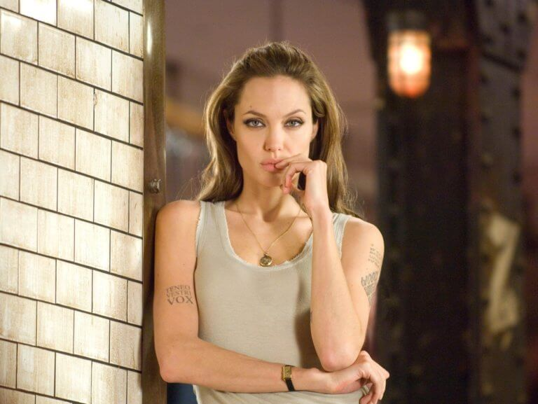 Angelina Jolie als Superheldin in The Eternals